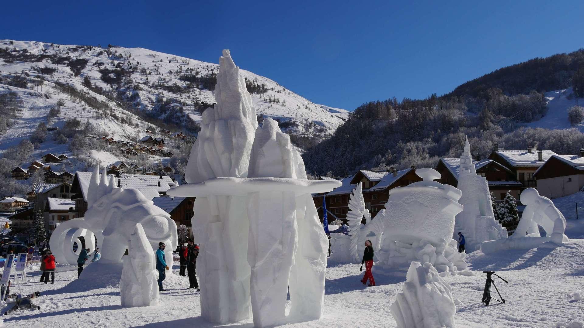 Concours de sculpture sur Neige à Valloire