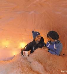 Nuit insolite en igloo à l'éco-bivouac au Semnoz