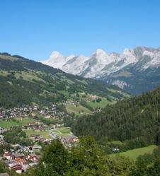 La Clusaz le hameau des Alpes