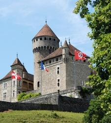 Château et gorges du Fier