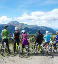 Cyclo en liberté dans le Grand Massif