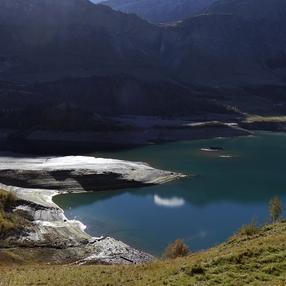 Derrière la retenue, les chemins de l'eau en Savoie : visite guidée de l'expo photos