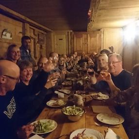 Randonnées nocturnes aux restaurants et refuges de montagne