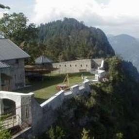 Découverte ludique de l'escalade et de la géologie à la Pierre Debout - Fort de la Batterie