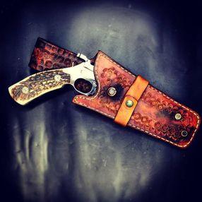Samoëns American Festival - démonstration de fabrication de couteaux