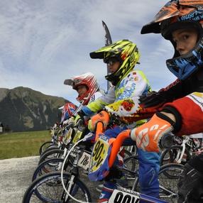 Contest BMX sur le terrain le + haut d'Europe !