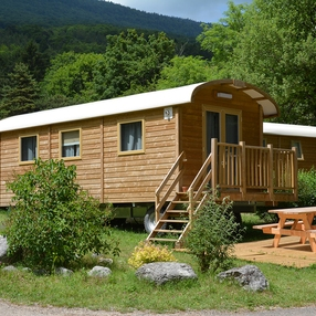 La Roulotte – Camping Huttopia Bourg Saint Maurice