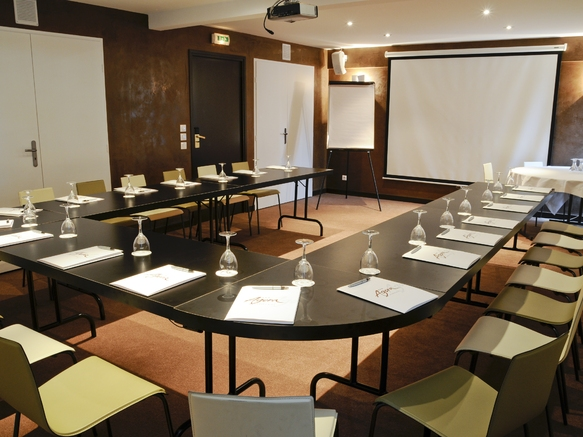 Hotel_agora_3étoiles_aixlesbainsrivieradesalpes_salleseminairealbion