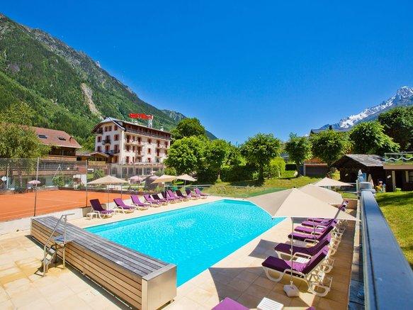 piscine hotel aiguille du midi