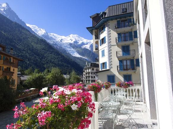Grand hôtel de Alpes chamonix - vue été