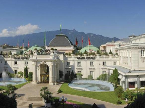 Visite guid e le casino grand cercle et son th tre for Office de tourisme aix les bains