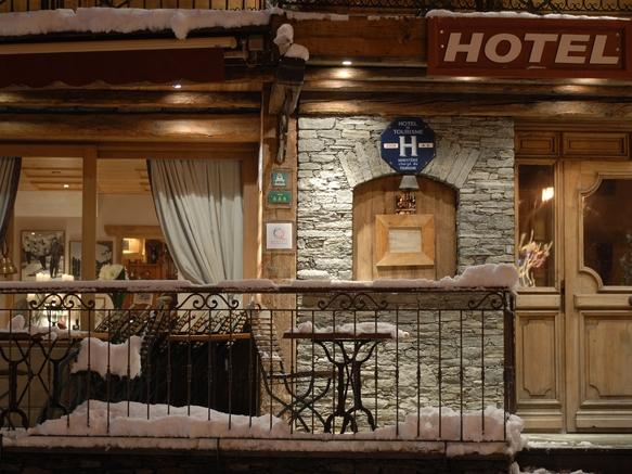 hotel le Monal