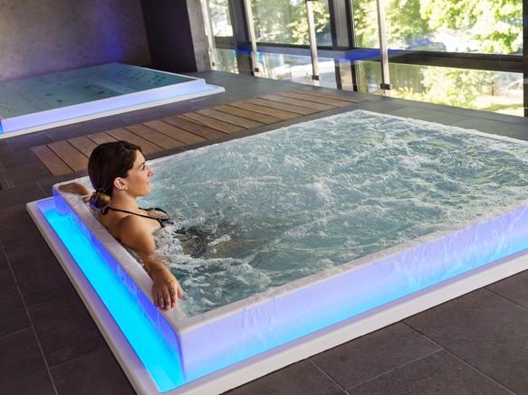 Aix-les-Bains Riviera des Alpes - Hotel 4* - Jaccuzzi