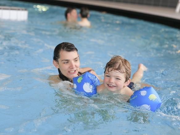 piscine-pateaugeoire-centre-aquasportif-les-saisies