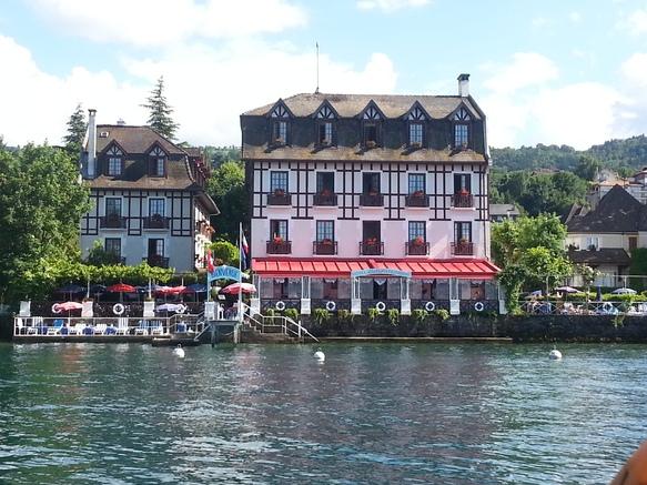 Hôtel Les Cygnes (extérieur)