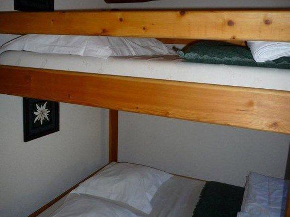Refuge de l'Aiguille Doran - vue intérieure dortoir