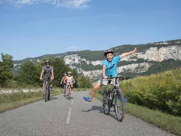 La ViaRhôna, une véloroute à découvrir en famille image