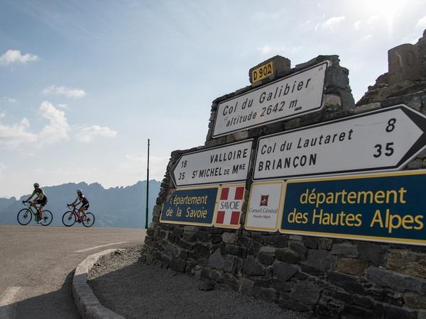 Col du Galibier image