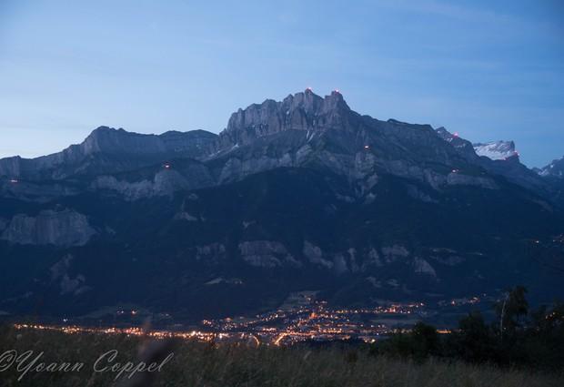 Les feux de la St Jean et illumination des sommets