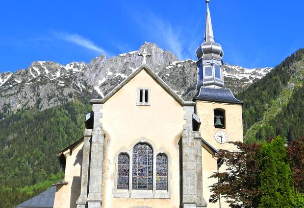 Eglise Saint Michel et Prieuré