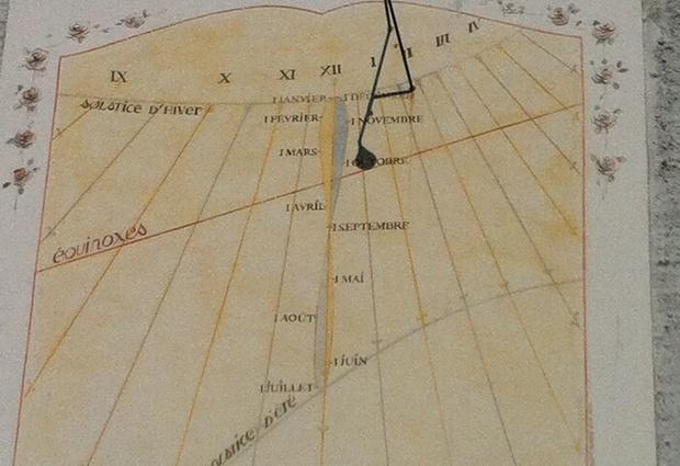 Le cadran solaire de l'église de Cordon