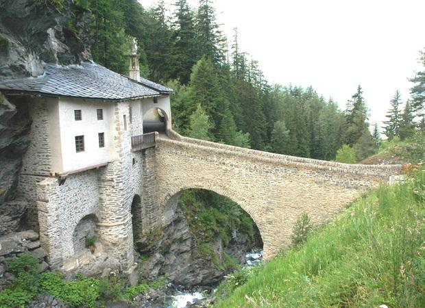 valfrejus-modane-chapelle-du-charmaix