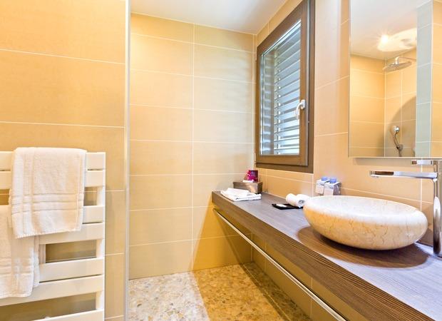 Salle de bain hotel La Croix de Savoie