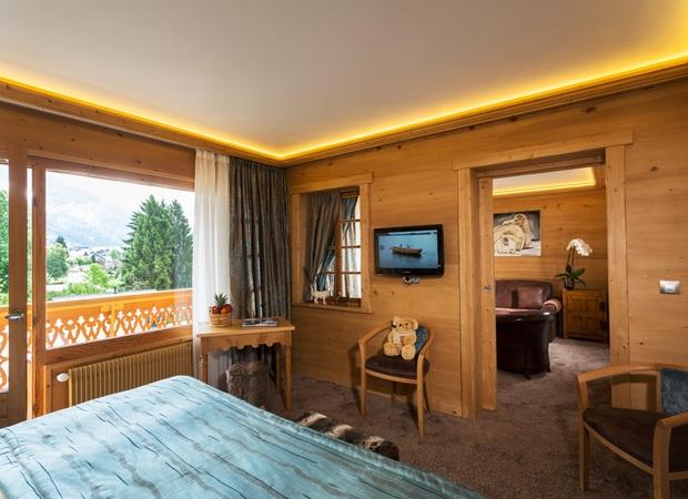 Chambre et salon suite luxe