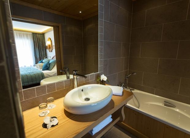 Salle de bain suite luxe