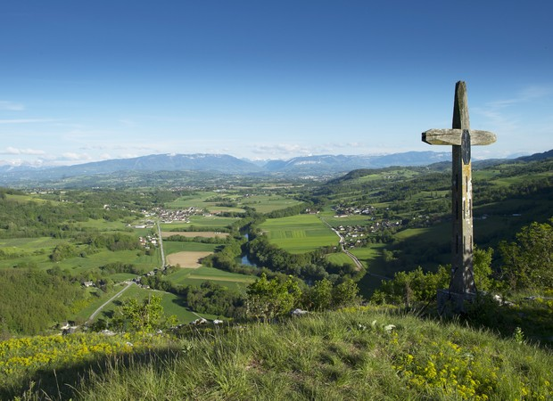 Croix de Chavanne, Val-de-Fier