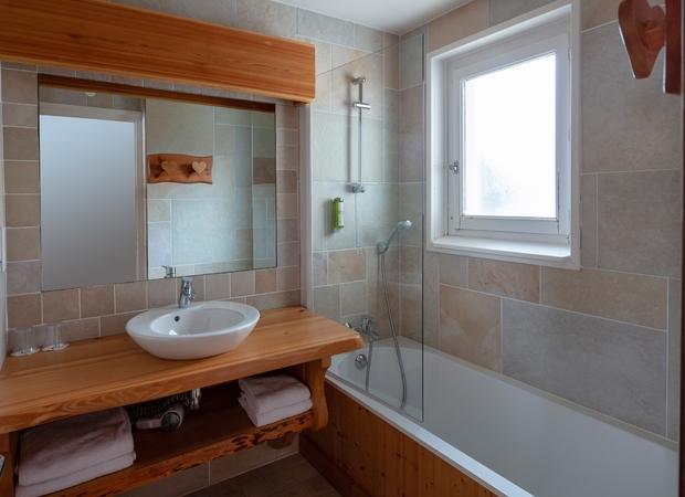 Salle de bain studio communicant