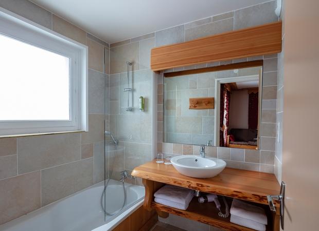 Salle de bain studio de 2 personnes