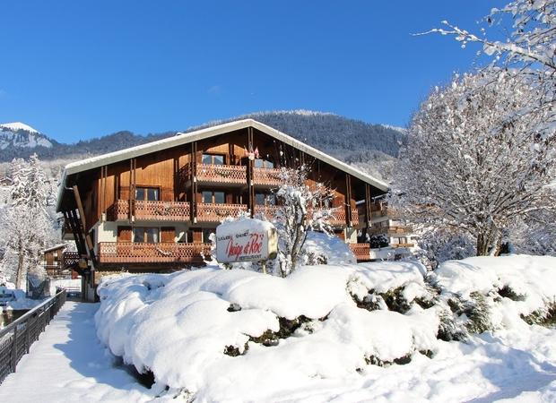 Façade résidence Neige et Roc hiver