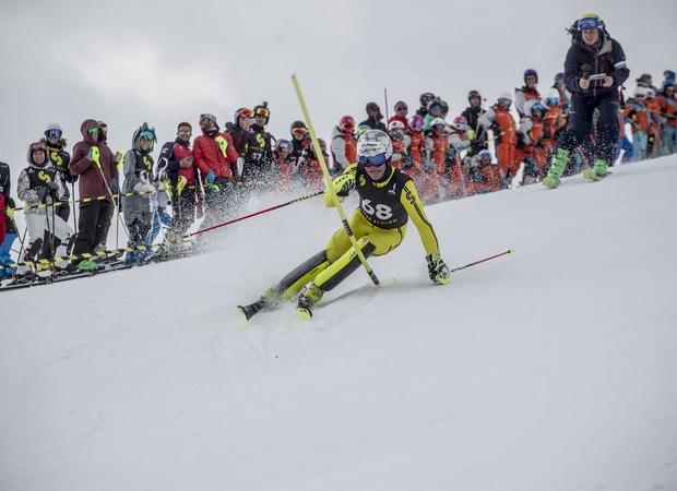 Julien Lizeroux dans la descente du Super Slalom