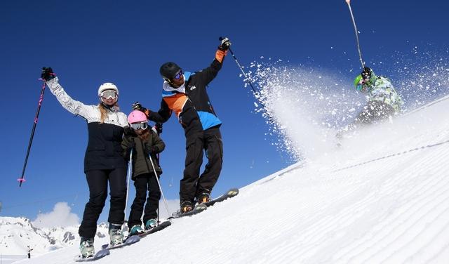 skier à La Toussuire