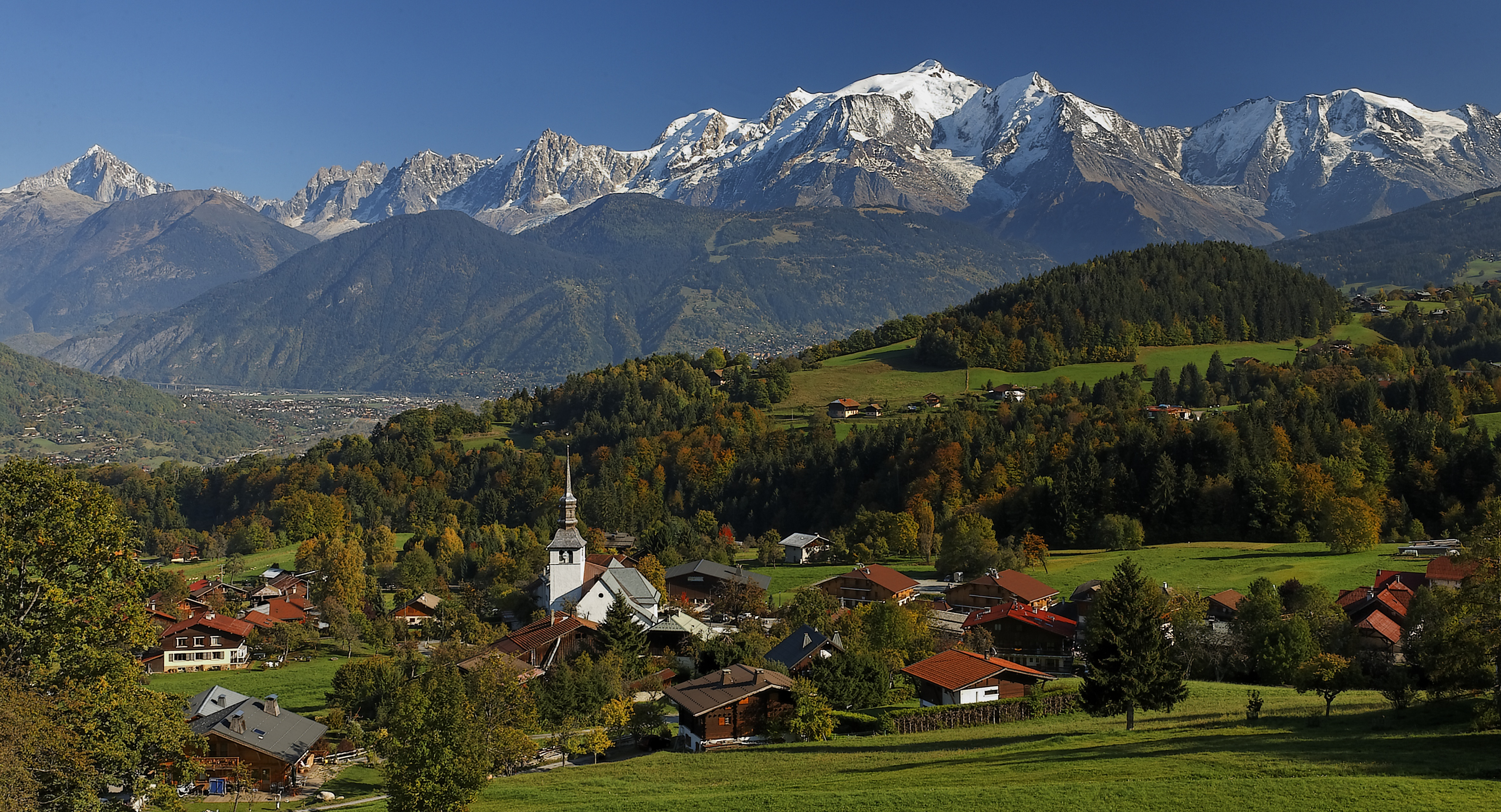 Panorama sur le mont blanc savoie mont blanc savoie et haute savoie alpes - Office du tourisme le blanc ...