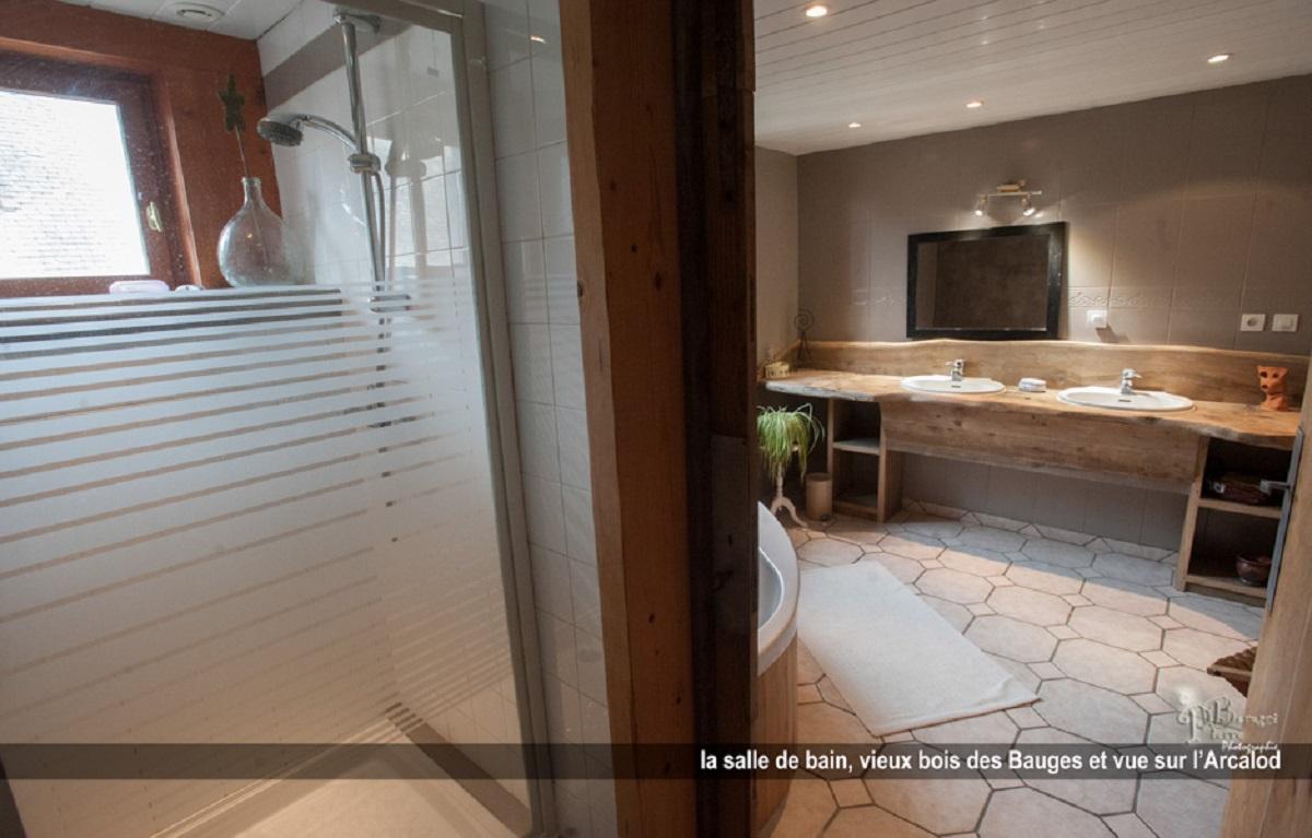 Salle De Bain Commune Booking ~ chambres d h tes chez fabienne et pierre in jarsy french alps