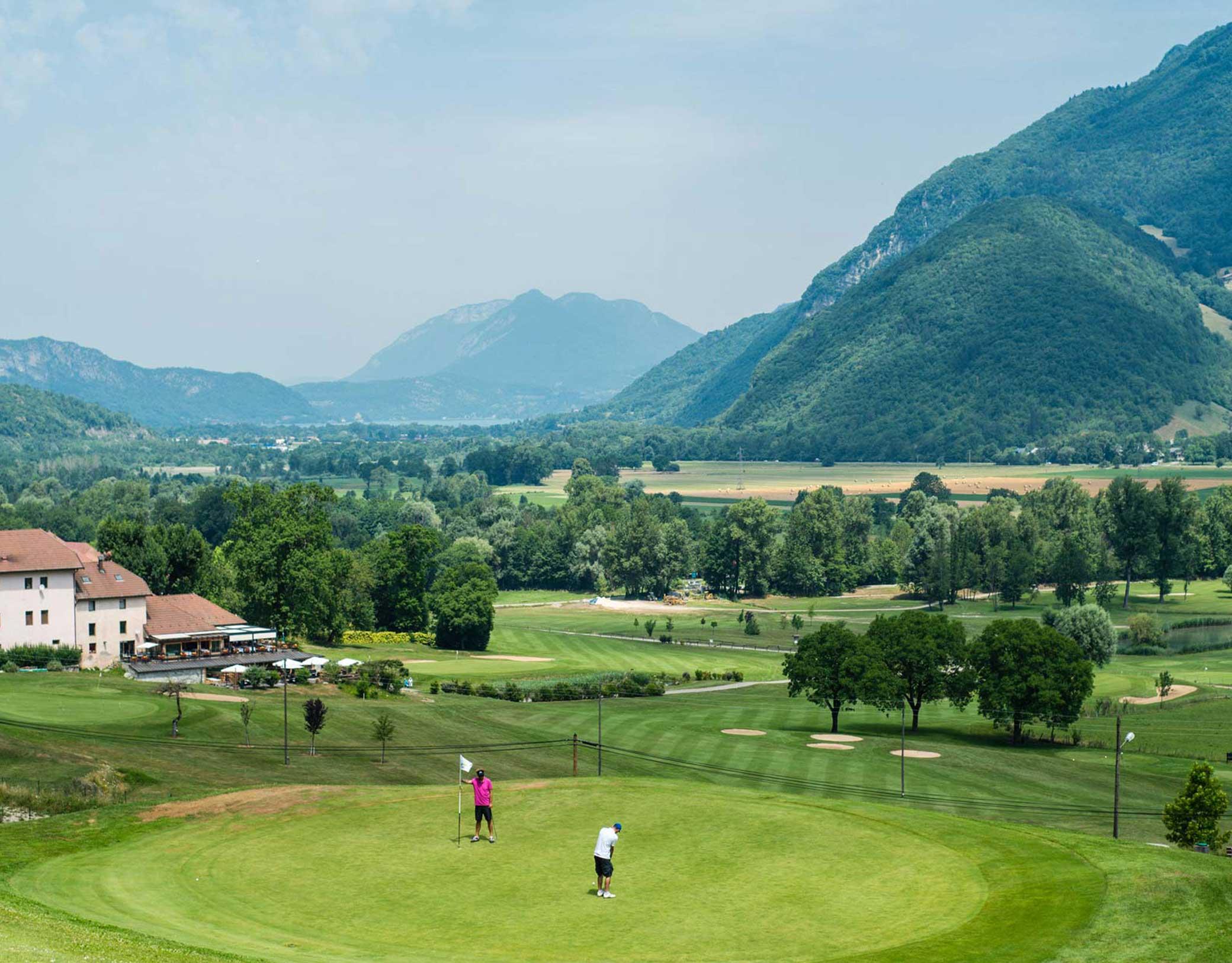 Golf de giez lac d 39 annecy savoie mont blanc savoie et haute savoie alpes - Office de tourisme annecy ...