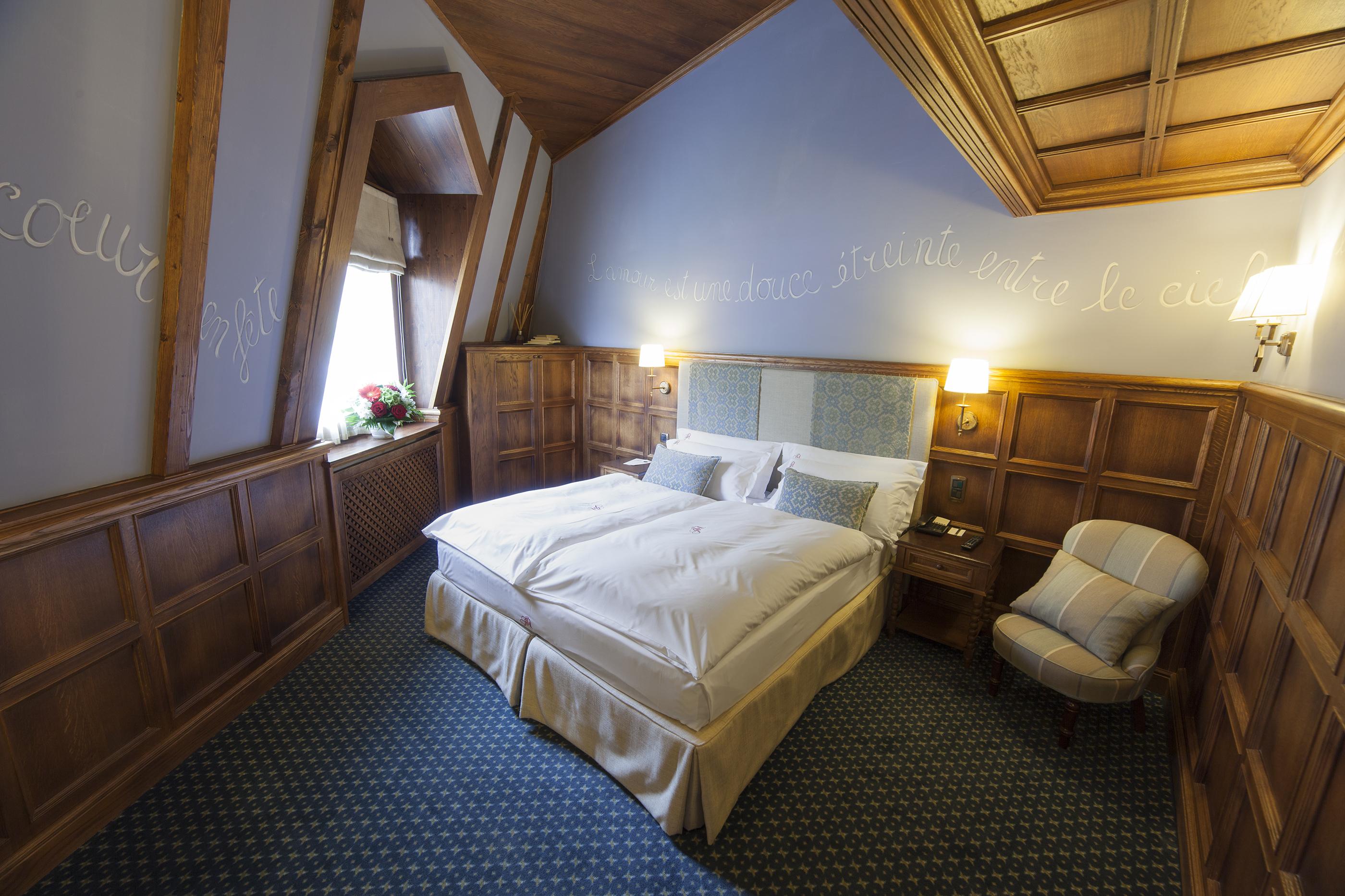 Grand h tel des alpes savoie mont blanc savoie et haute for Chambre neuf hotel chamonix