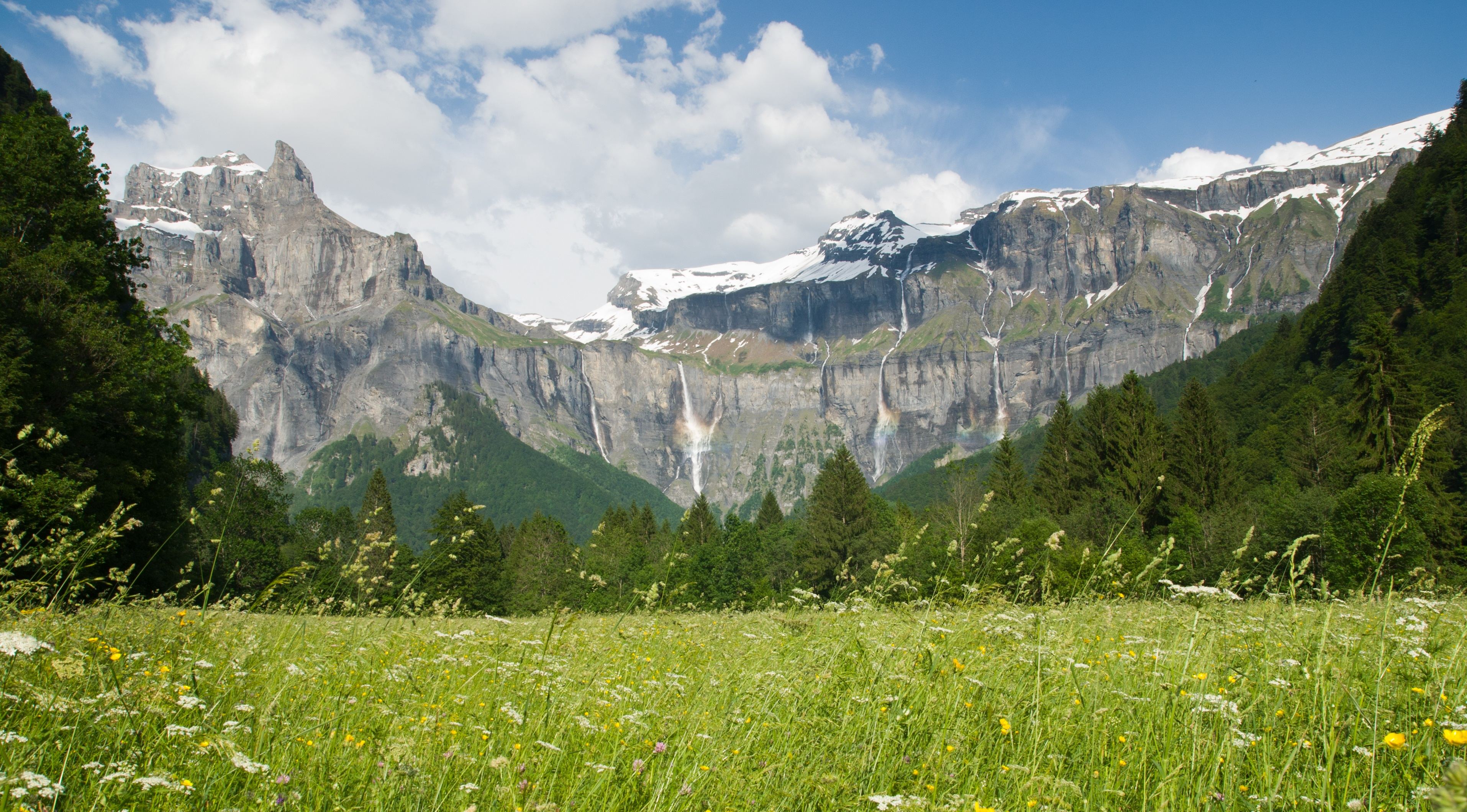 Fer cheval cirque in sixt fer cheval french alps savoie mont blanc - Office de tourisme sixt fer a cheval ...