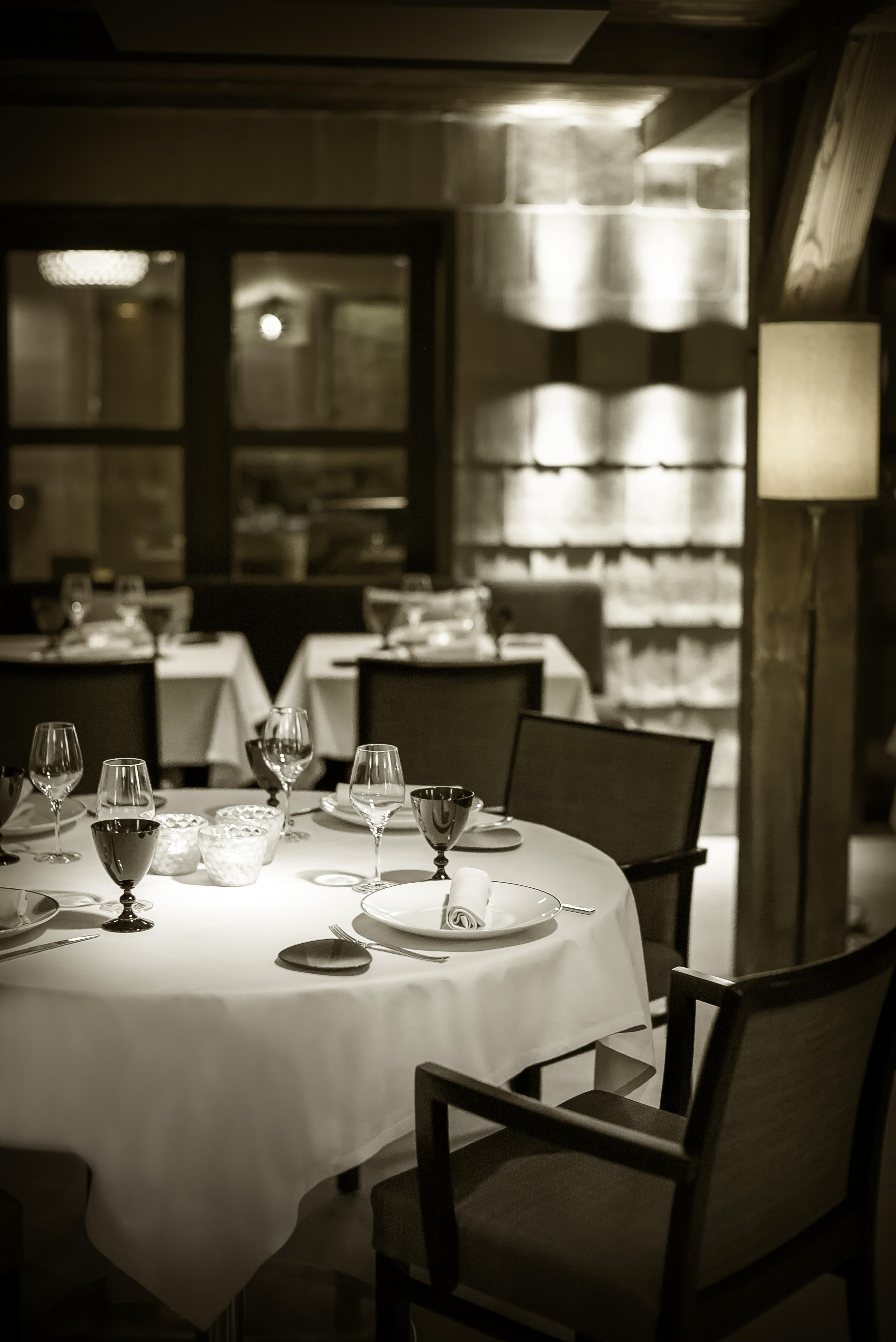 La table de l 39 alpaga savoie mont blanc savoie et haute - La table de savoie et la table de bretagne ...