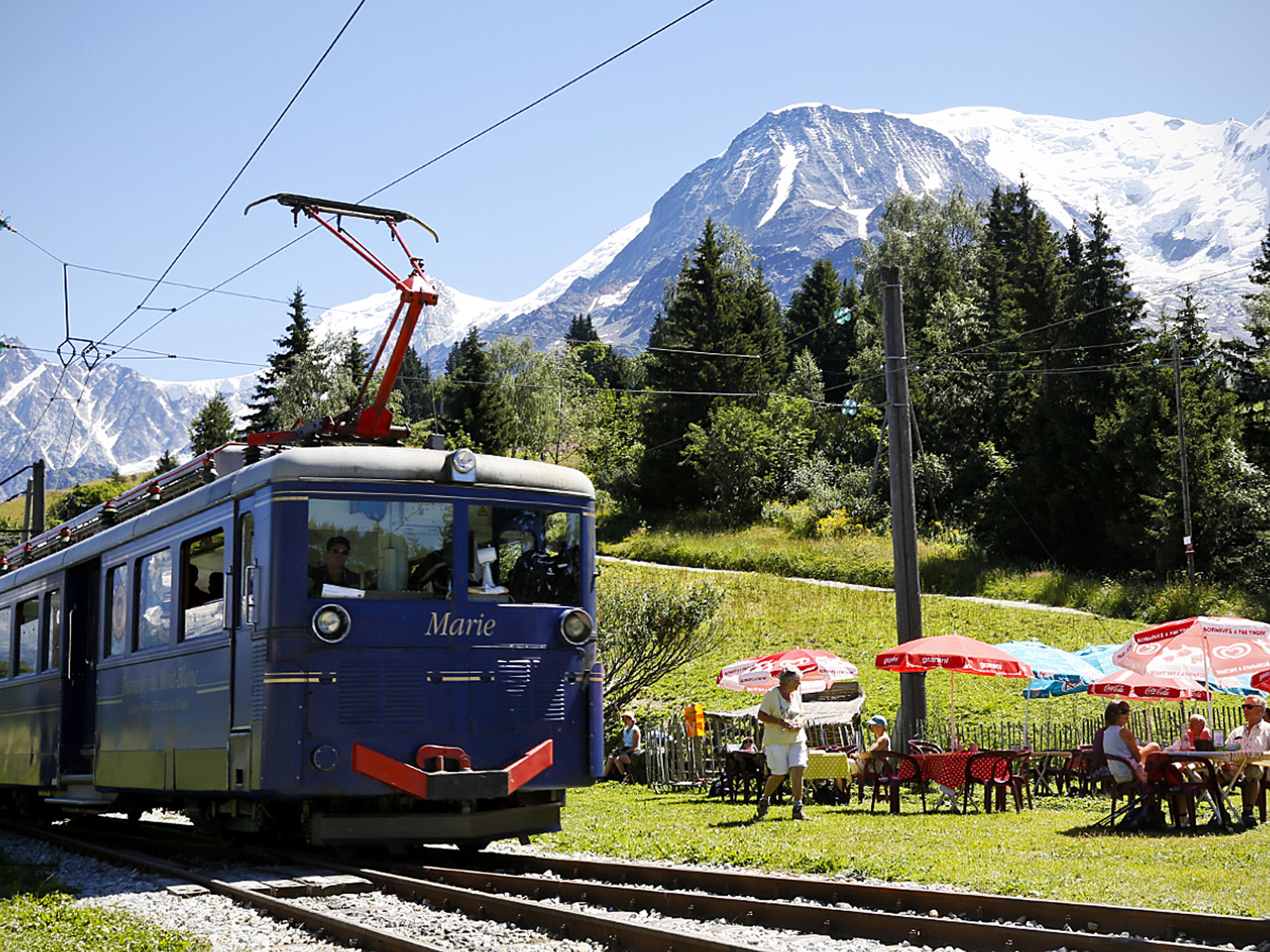 Tramway du mont blanc savoie mont blanc savoie et haute - Office de tourisme saint gervais les bains ...