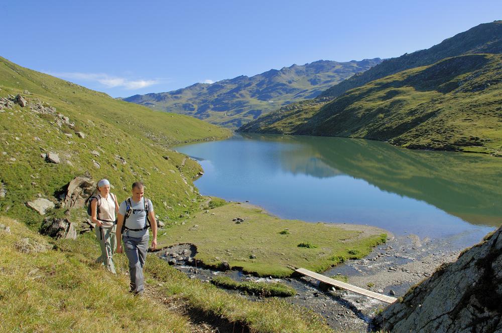 Lac du lou savoie mont blanc savoie et haute savoie - Office de tourisme la pierre st martin ...