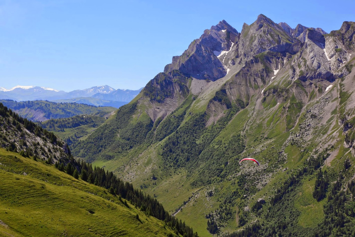 Col des aravis savoie mont blanc savoie et haute savoie alpes - La clusaz office tourisme ...