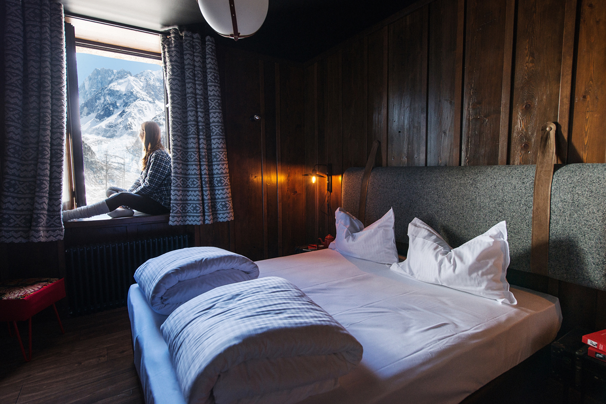 terminal neige refuge du montenvers savoie mont blanc. Black Bedroom Furniture Sets. Home Design Ideas