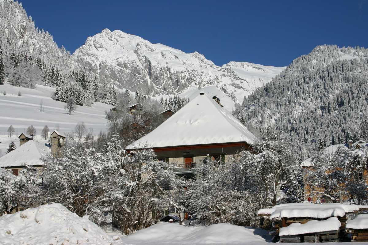 La chapelle d 39 abondance tourisme savoie mont blanc savoie et haute savoie alpes - Office de tourisme chatel 74 ...