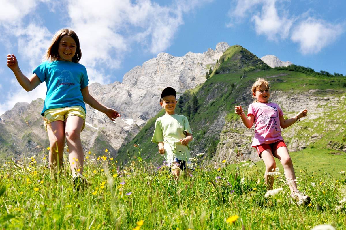Office de tourisme du val d 39 arly savoie mont blanc savoie et haute savoie alpes - Office de tourisme flumet ...
