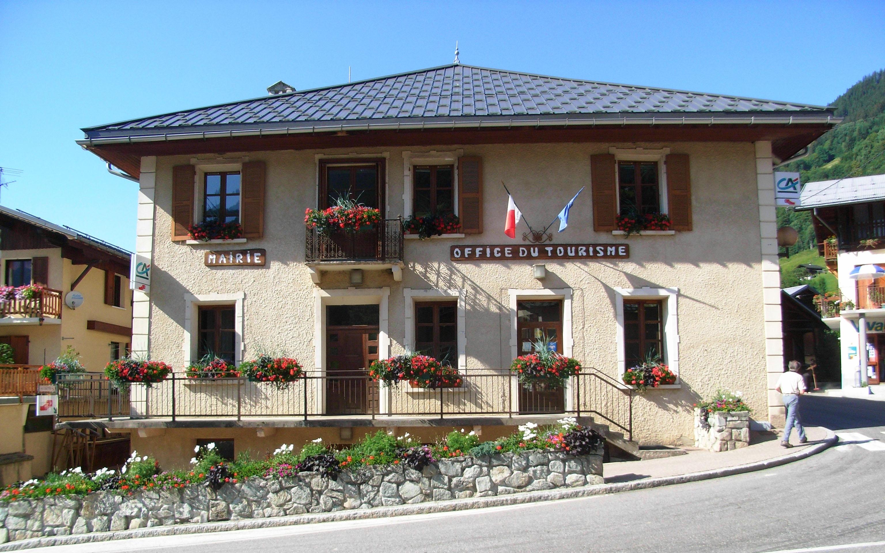 Office de tourisme d 39 ar ches beaufort savoie mont blanc - Beaufort sur doron office du tourisme ...