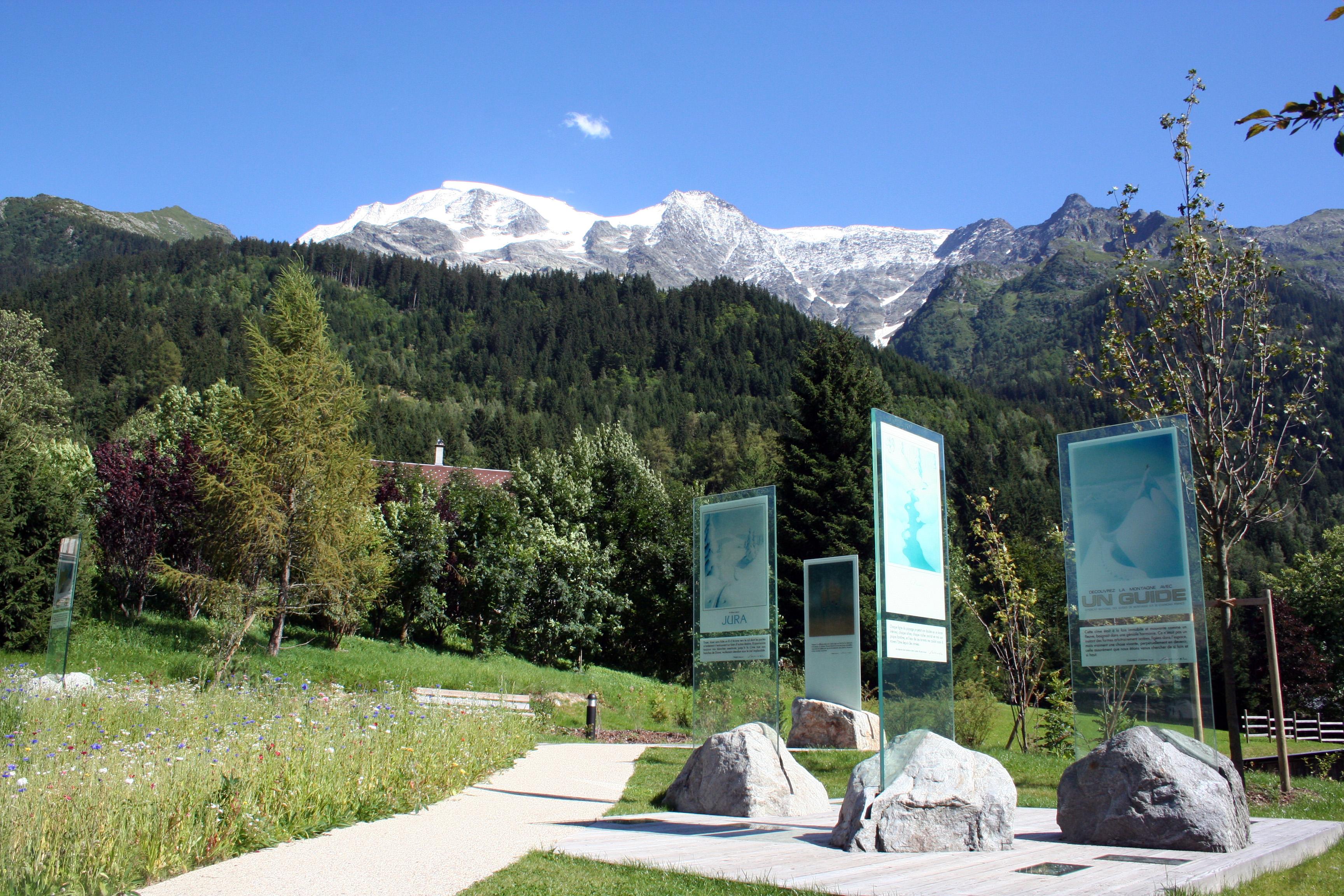 Jardin samivel savoie mont blanc savoie et haute savoie alpes for Cloture de jardin haute savoie