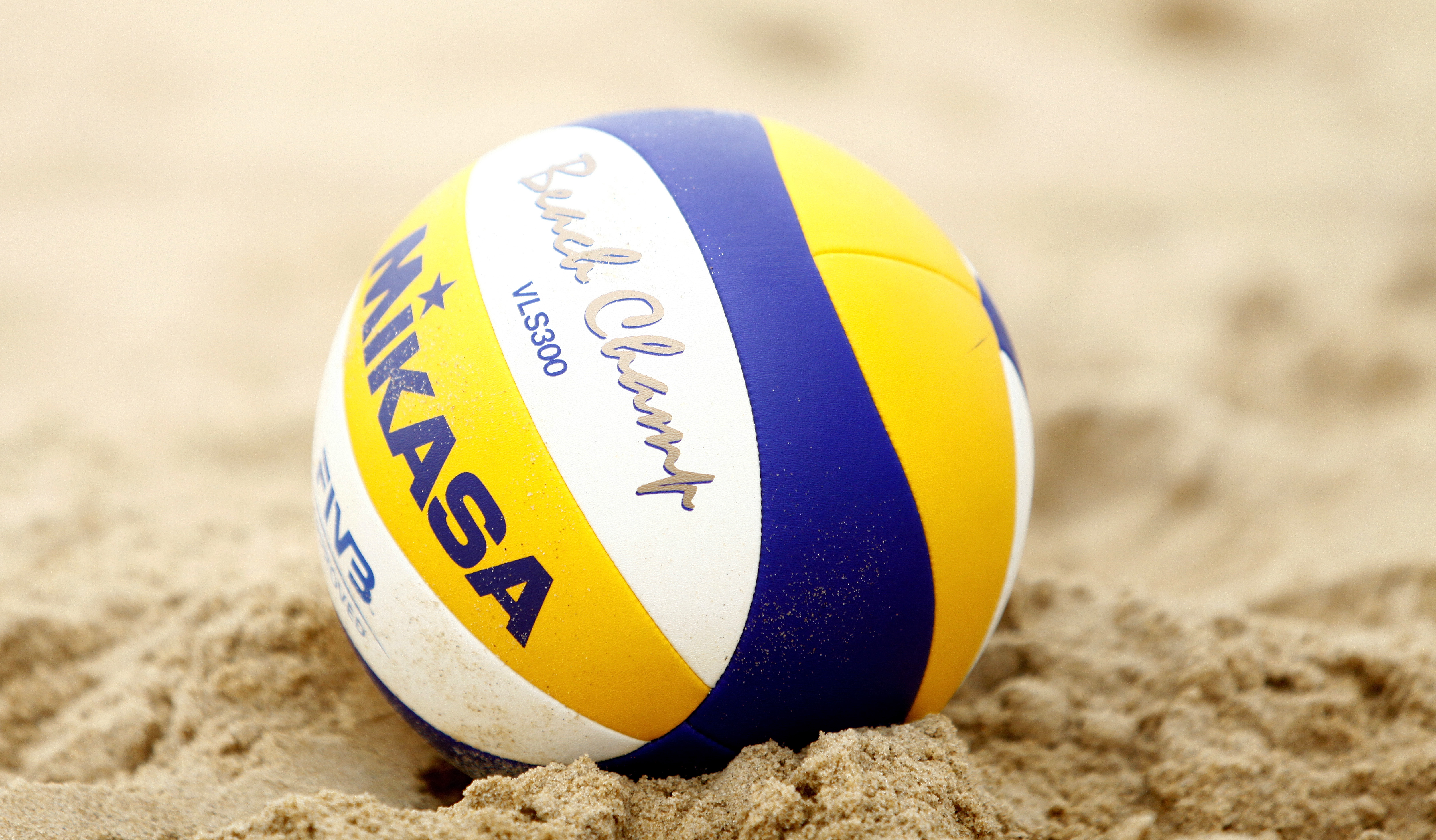 design senza tempo 8cdb9 31b10 Beach Volley Ball Tournament in Méribel - French Alps ...